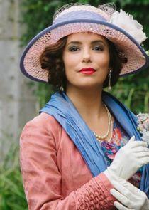 Mrs Margot Beste-Chetwynde