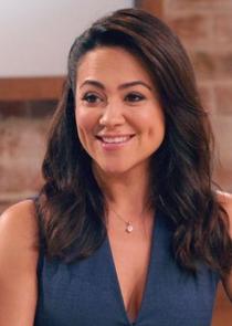 Nina Sandoval