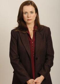 Freya Hoynes